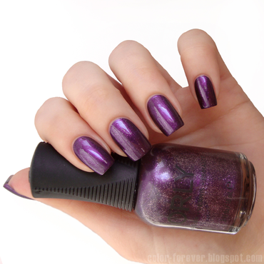 Orly Velvet rope Swatch by ania