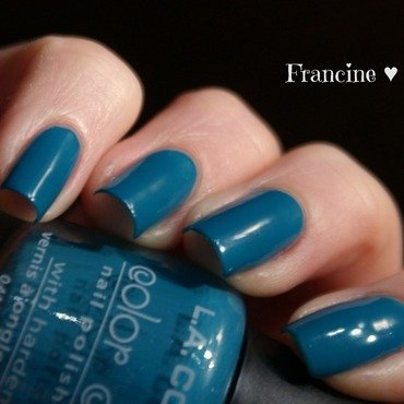 L.A Colors Color Craze Atomic Swatch by Francine
