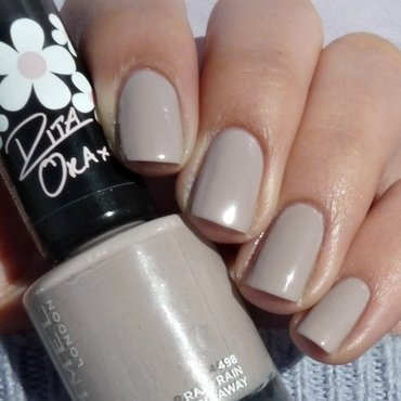 Rimmel 498 Rain Rain Go Away Swatch by Romana