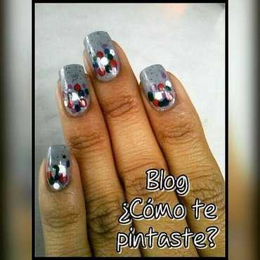 Puntos multicolores nail art by Blog Comotepintaste