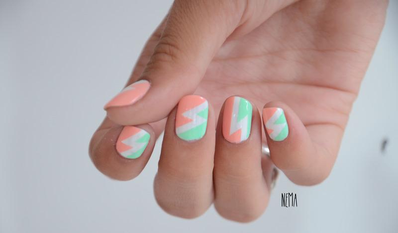 Zig Zag nail art by nehmaah