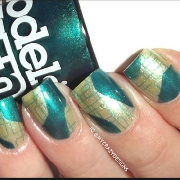 Stamping design with new plate nail art by Mycrazydesigns