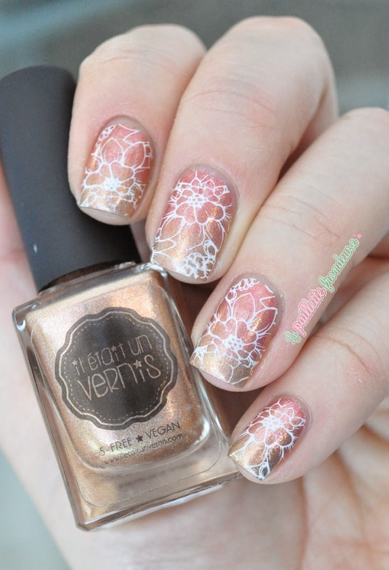 gold and coral floral gradient nail art by nathalie lapaillettefrondeuse