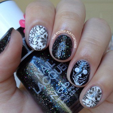 Skull 20and 20lace 20skittle 20nail 20art thumb370f
