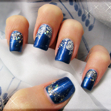 Sparkled nail art by Ninthea