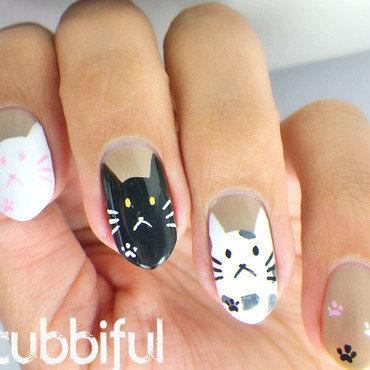 Cat nail art thumb370f