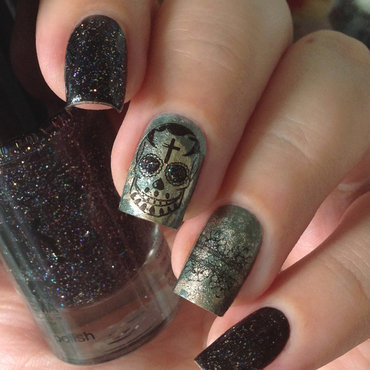 Skull 20nails 20with 20p2 20final 20countdown 2c 20essie 20good 20as 20gold 2c 20bundle 20monster 20bm 323 2c 20bm 413 20stampoholicsdiaries.com thumb370f