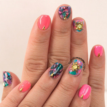 Sands of Polynesia nail art by Bundle Monster