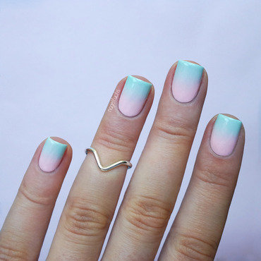 Pastel Gradient nail art by nagelfuchs