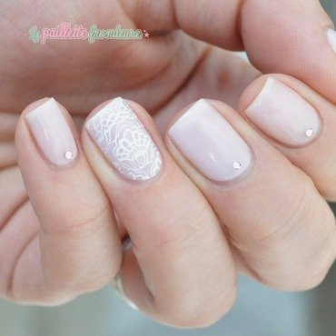Essie 20tying 20the 20knotie 20bridal 20veil 20lace 20paillette 205 thumb370f