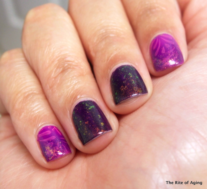 RA-Friendly Sponge Tip Gradient nail art by Monica