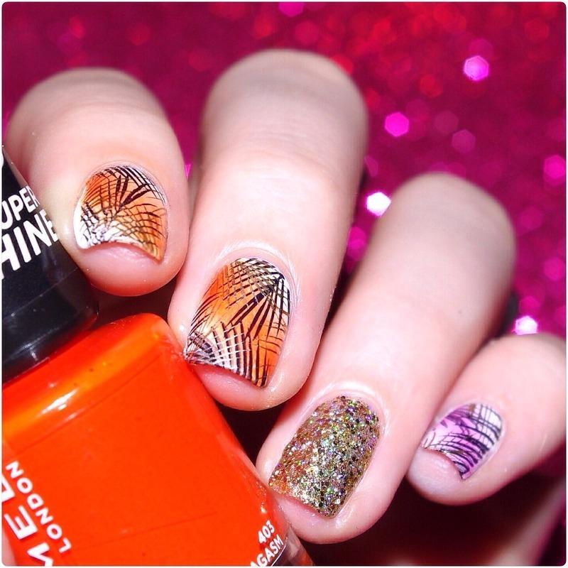 Summer beach nail art by Bulleuw