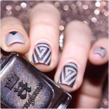 Triangle ! nail art by Bulleuw