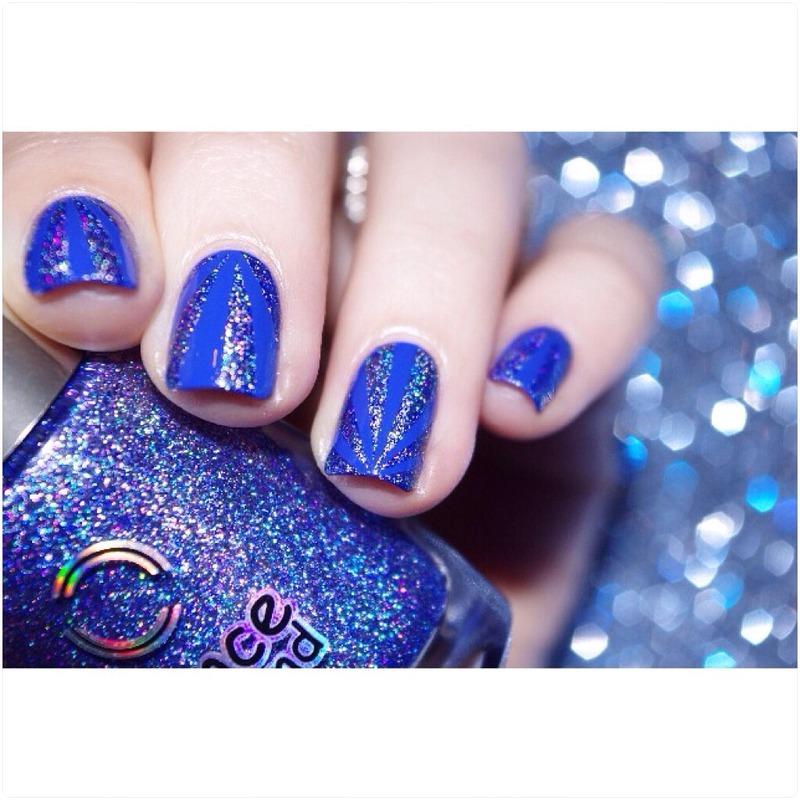 Blue ! nail art by Bulleuw