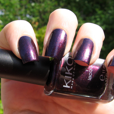 Kiko 497 Viola Indiano Perlato Swatch by Ninthea