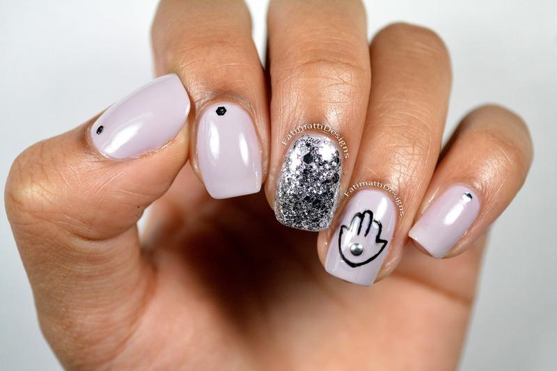 Hand Of Fatimah nail art by Fatimah