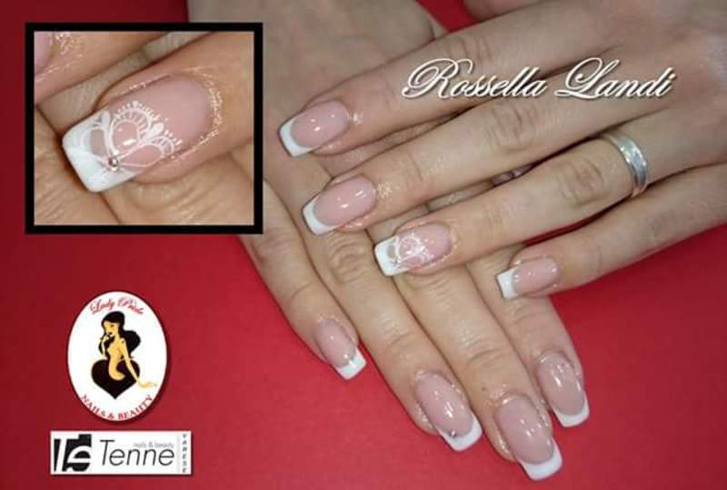 white and white nail art by Rossella Landi