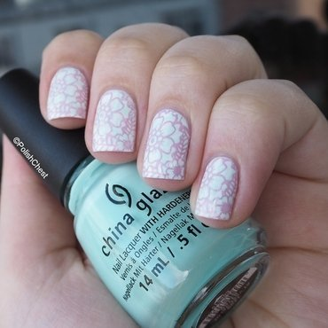 Pastel FLower Power nail art by Danny
