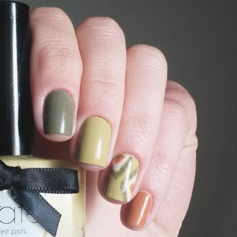 Ikat accent nail art by marina