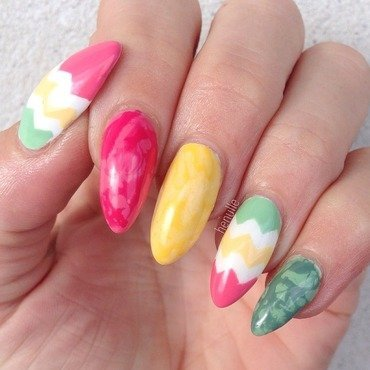 Waterspotted Easter Chevrons nail art by Henulle