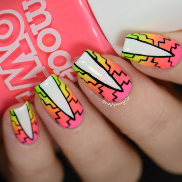 Patterned neon gradient nail art by simplynailogical