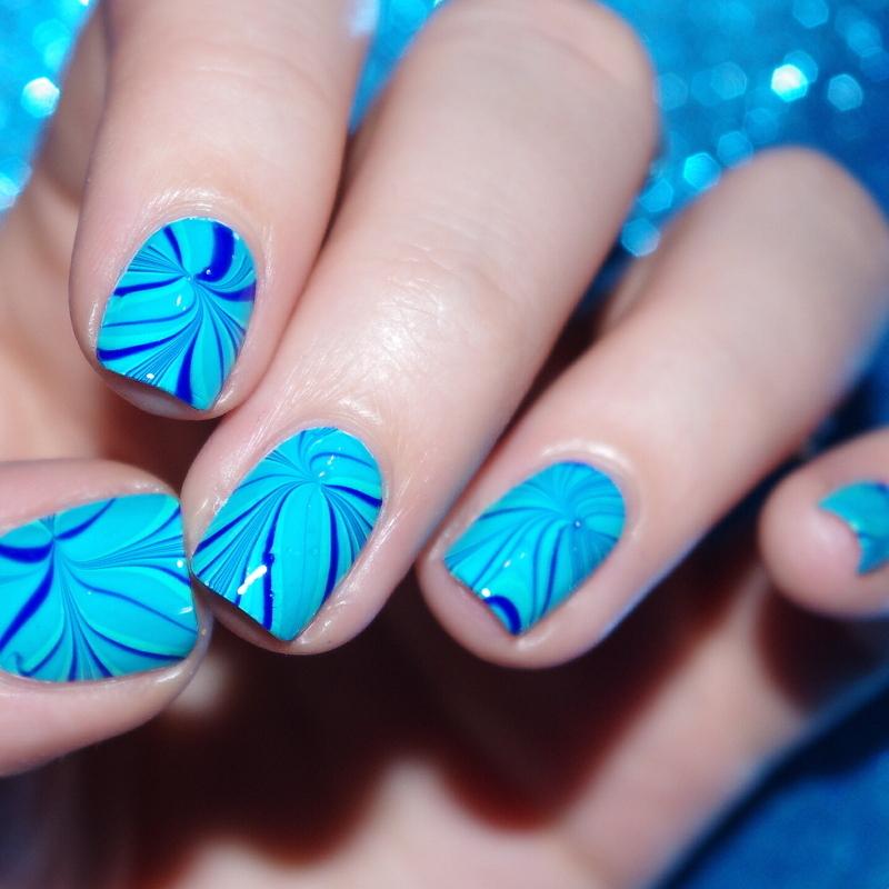 Blue Watermarble/ nail art by Bulleuw