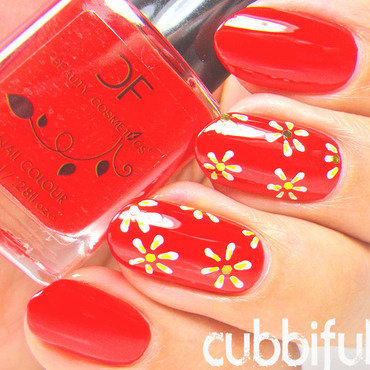 Cute White Daisies and Red Nails nail art by Cubbiful