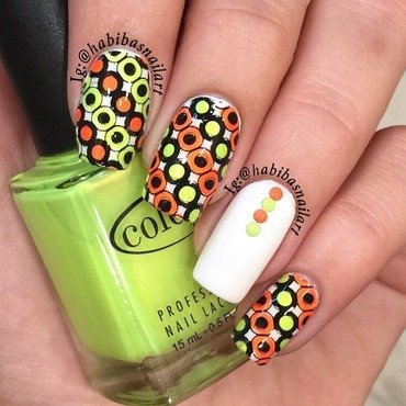 Neon circles nail art by Habiba  El-kallas