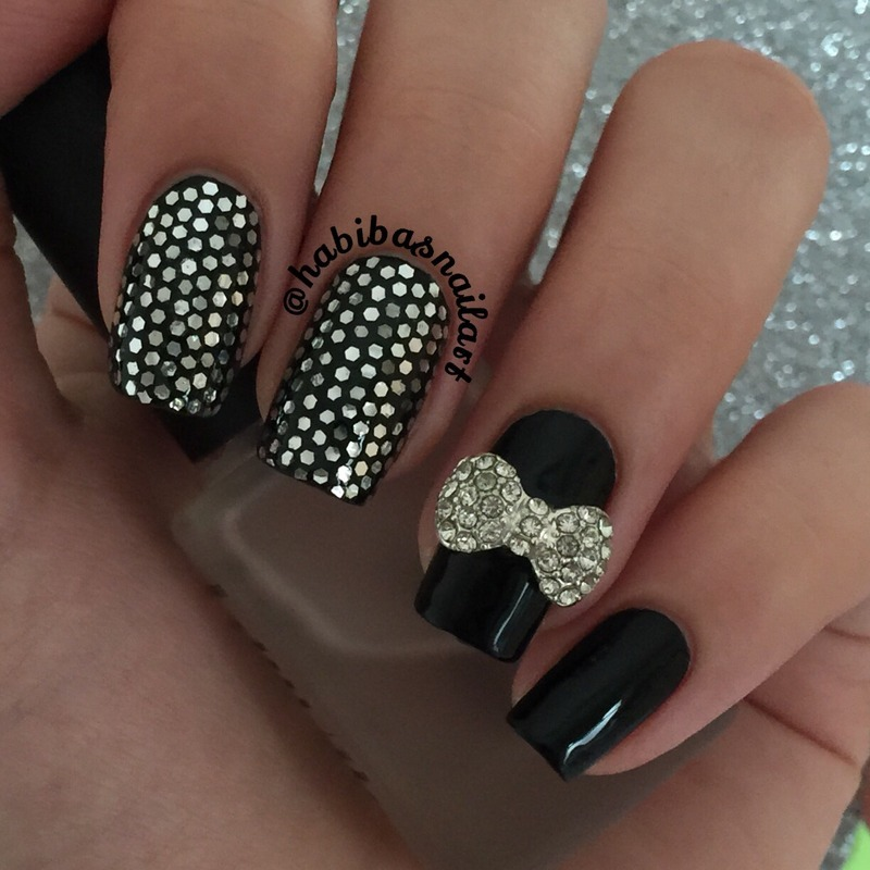 Glitter placment nail art nail art by Habiba  El-kallas
