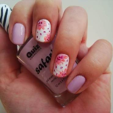 Spring, pastel flowers nail art by Kasia
