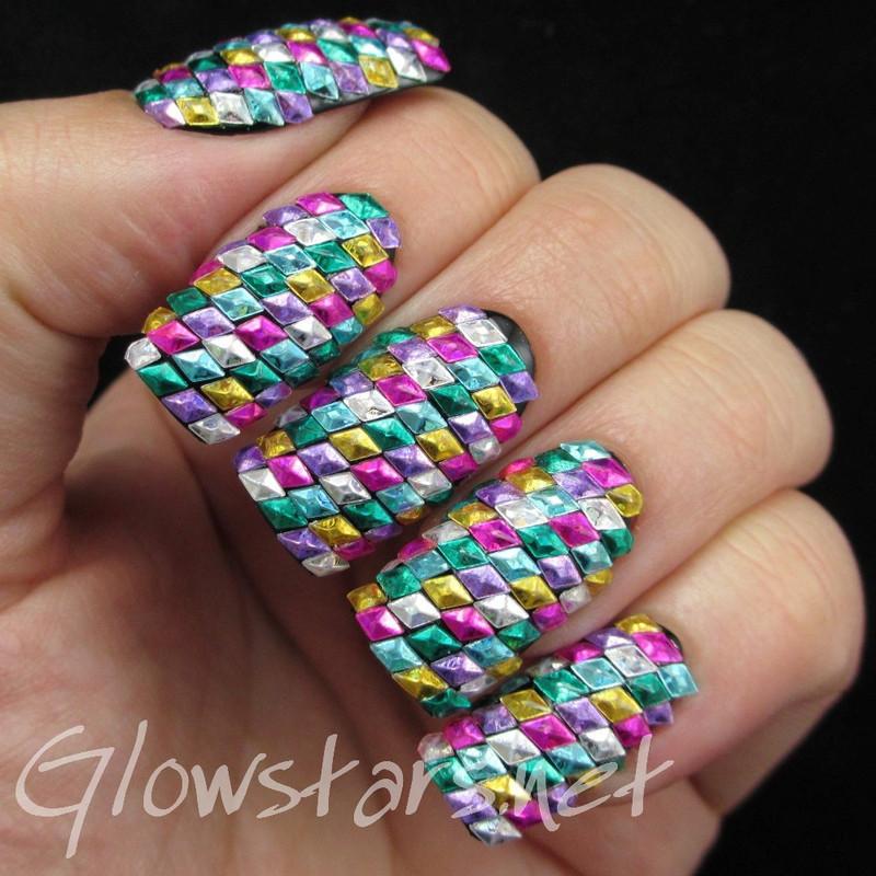 The Digit-al Dozen does geometric: geometric bling nail art by Vic 'Glowstars' Pires
