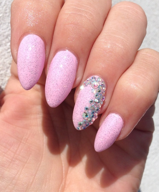 Girly Nail Art Designs: Girly Glitter Bling Nails! Nail Art By Henulle