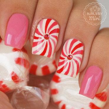 Lollipop/mint Swirls nail art by xNailsByMiri