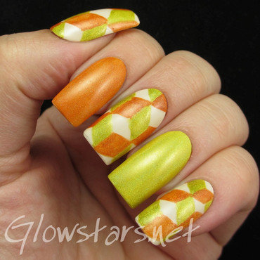 The Digit-al Dozen does geometric: bad 70s holo wallpaper nail art by Vic 'Glowstars' Pires