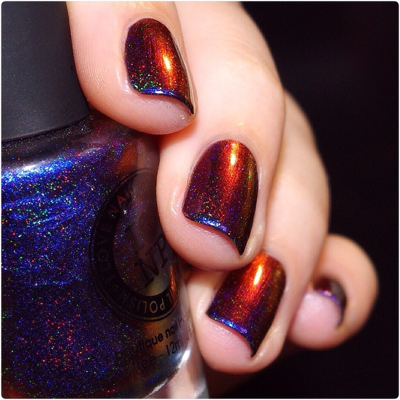 ILNP Cynus Loop (H) Swatch by Bulleuw