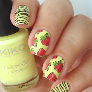 Strawberry nails nail art by Natasha