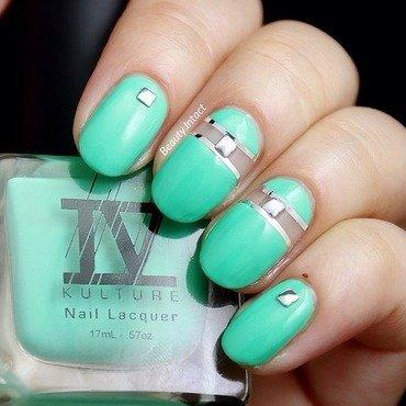 Shade Of Jade nail art by Beauty Intact