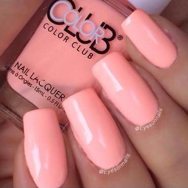 Color Club Hot-hot-hot pants Swatch by Virginia