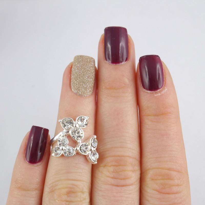 SAND Accent Nail 2 nail art by Ann-Kristin