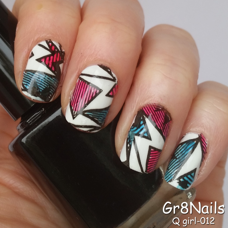 Q Girl 012 nail art by Gr8Nails