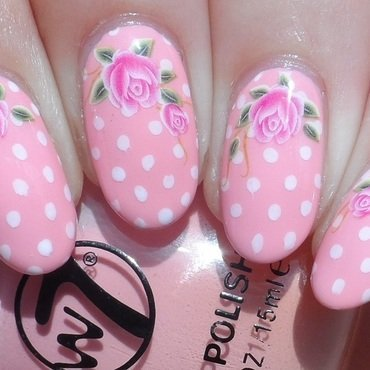 Girly Vintage Nails nail art by Plenty of Colors