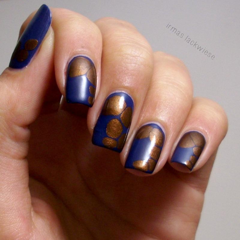 blue brown blobbicure nail art by irma