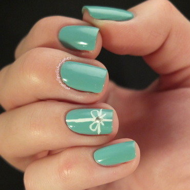 Tiffany box nail art by Anna Malinina