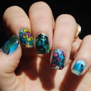 tropical sunlight nail art by Pmabelle