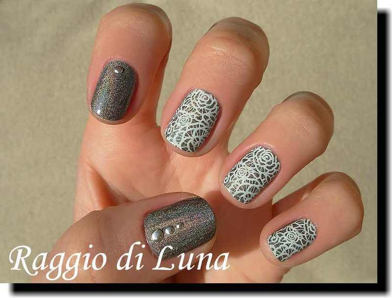 Stamping: White rose lace stamping on holo grey nail art by Tanja