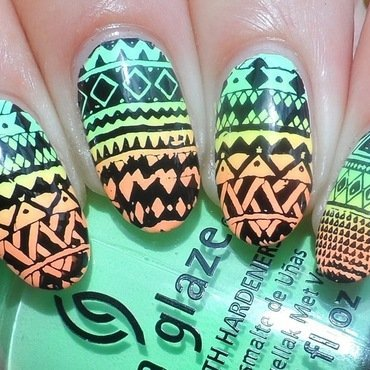 Aztec nail art by Plenty of Colors