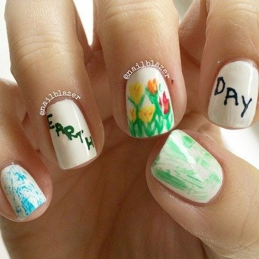Earth Day nail art by Nailblazer
