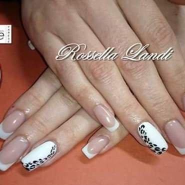white leopard nail art by Rossella Landi