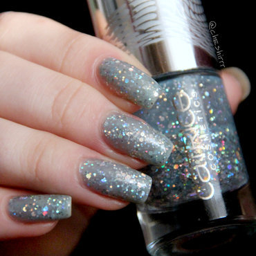 Catrice Le Grand Bleu Swatch by cheshirrr