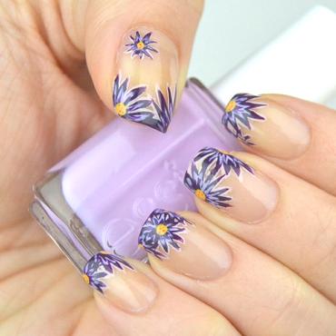 Asters nail art by Meltin'polish
